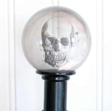 Crystal-Ball-Skull-726x900