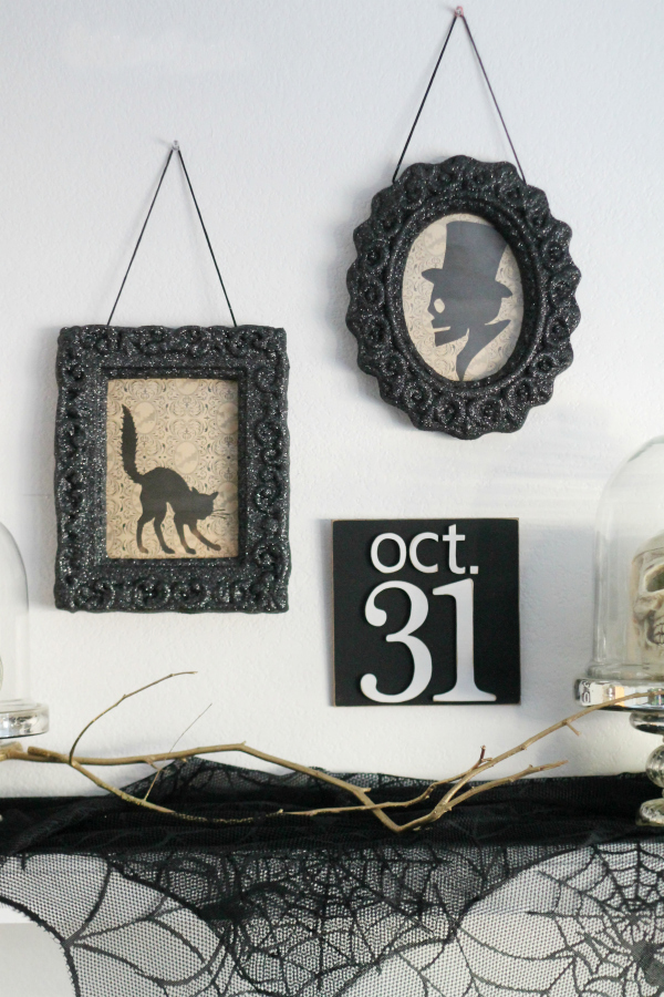 evieivy-vintage-halloween-mantel